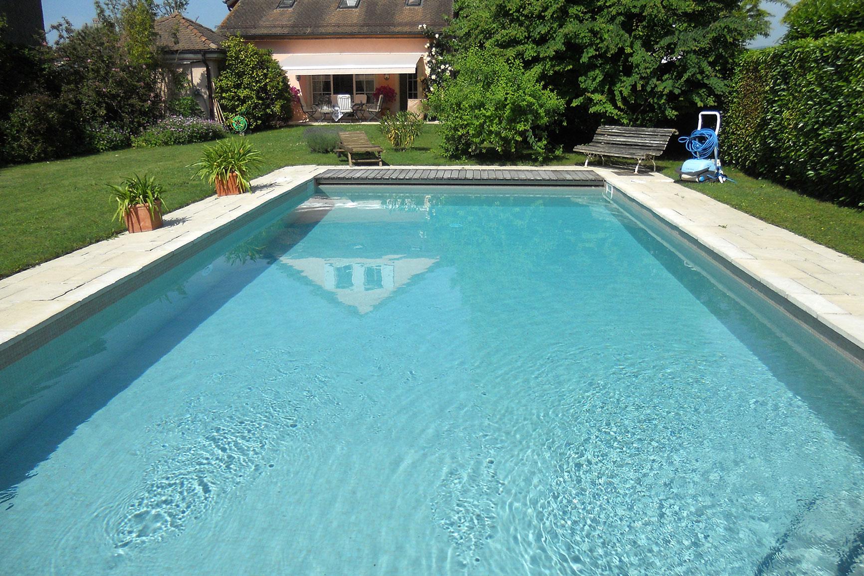 Classique carrelage piscines widmer for Chavannes piscine