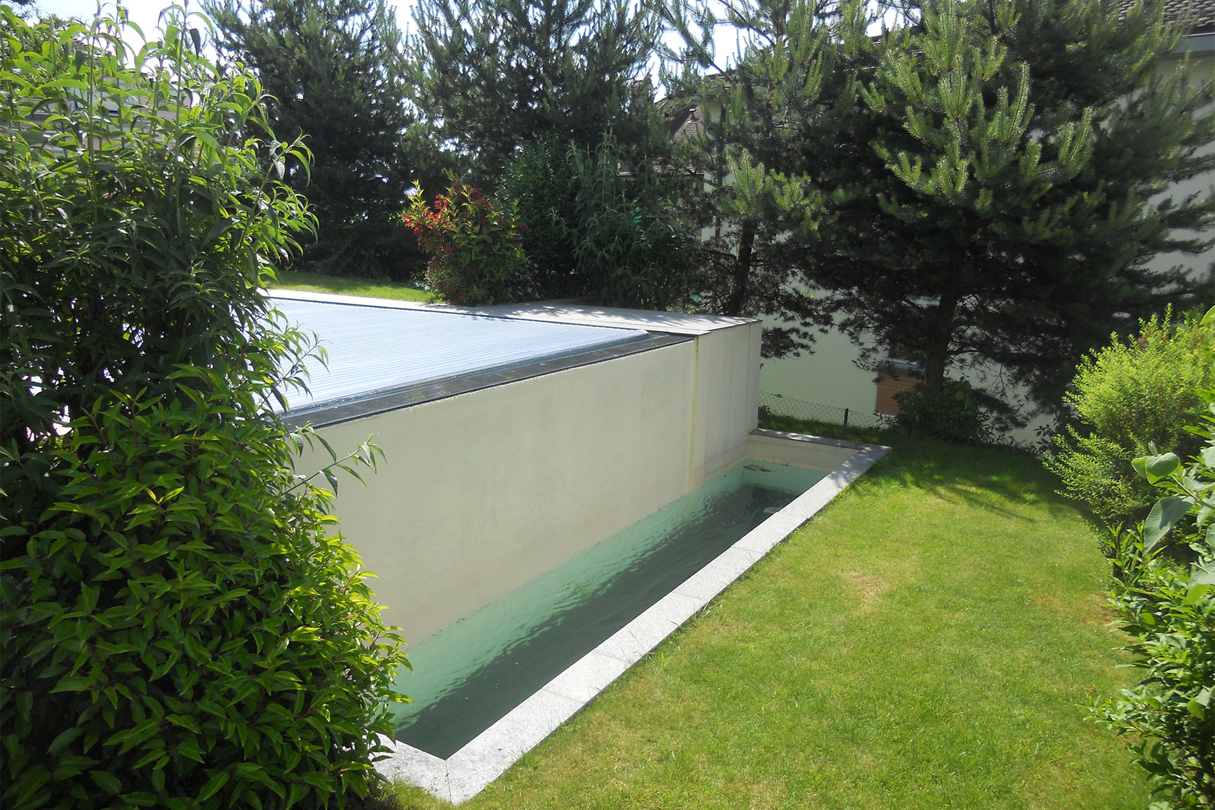 D bordement carrelage piscines widmer for Chavannes piscine