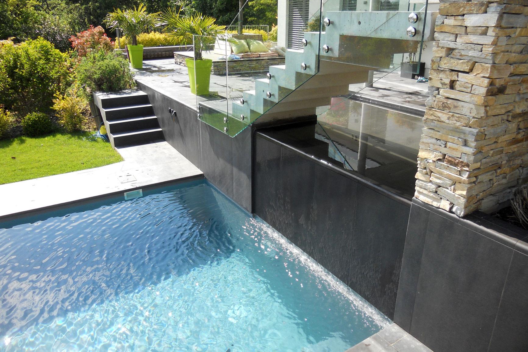 Classique liner piscines widmer for Piscine petit bassin