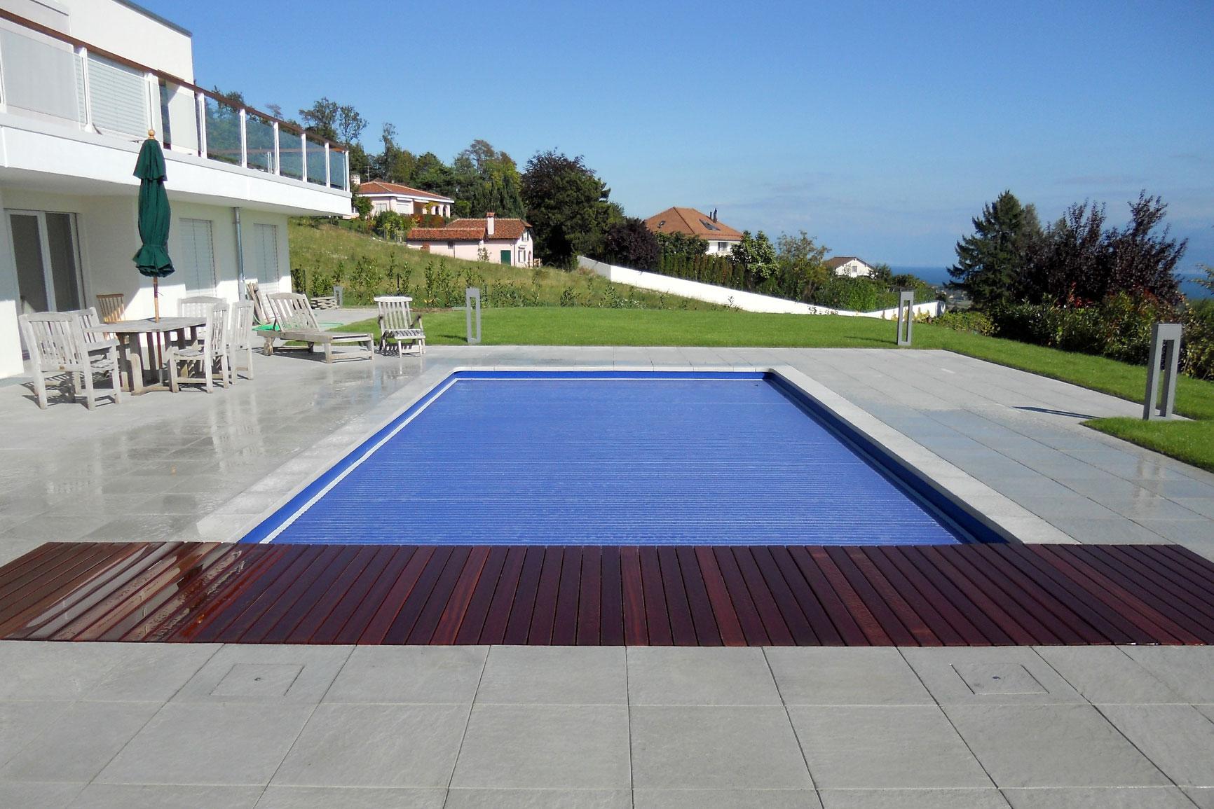 Classique liner piscines widmer for Piscine avec liner beige